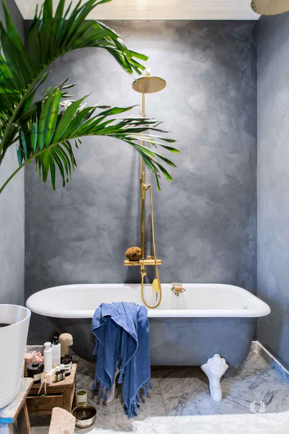 7 Inspirational bathrooms painted with Pure & Original