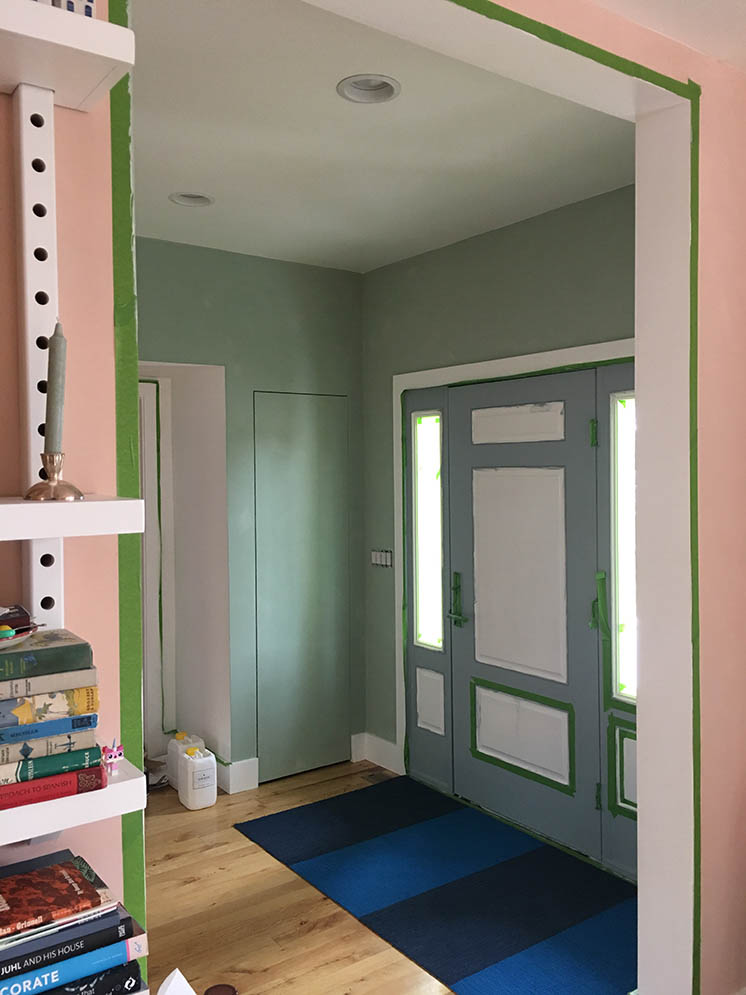 Painting with lime paint in a green colour