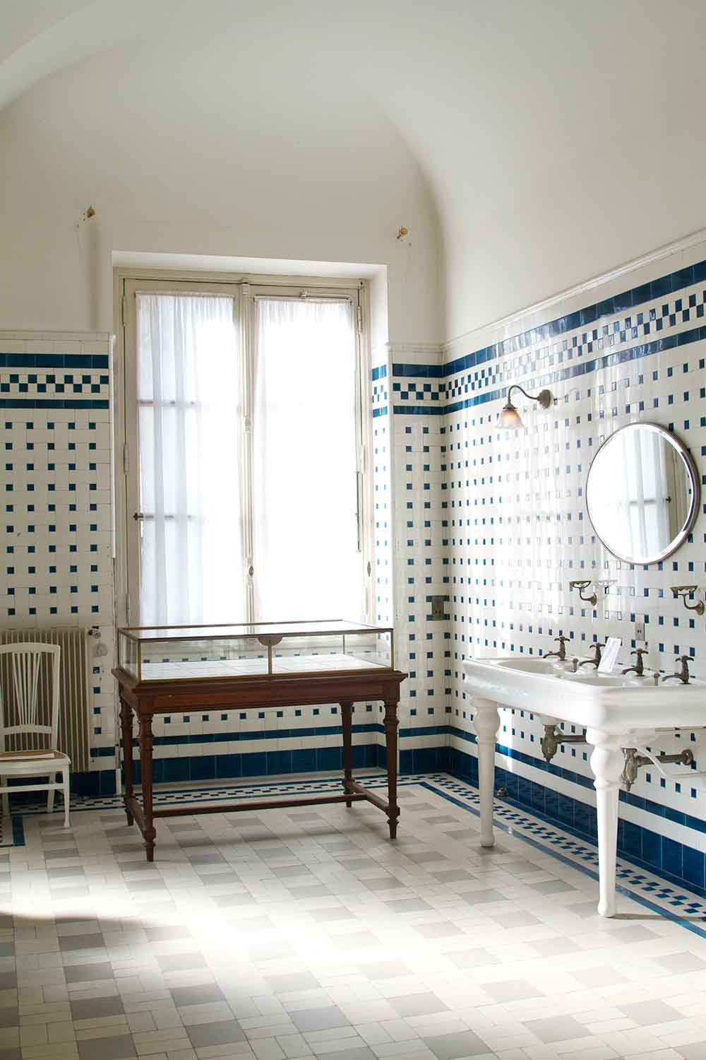 French bathroom inspiration in Paris