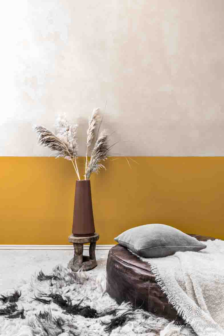 Sandy colours with ocre and brown, autumn trend 2018