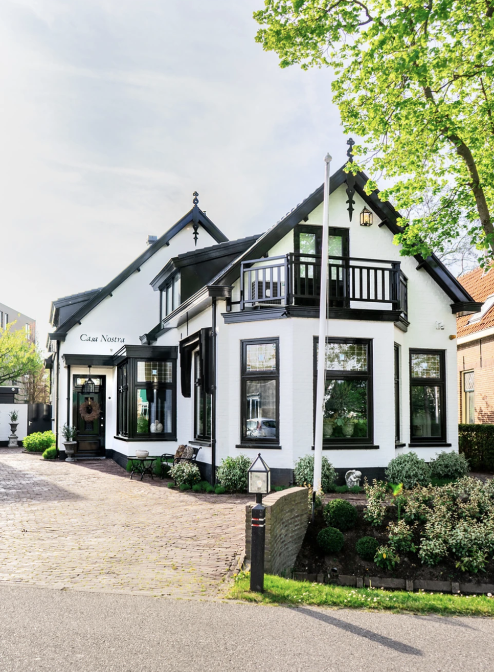 A rural house with a lot of charm and paint by Pure & Original