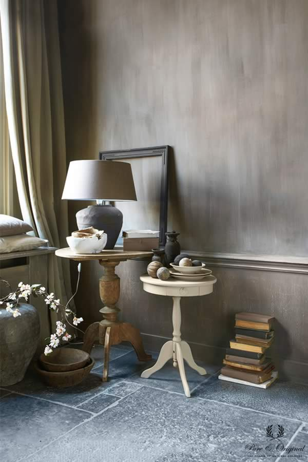 Fresco lime paint in the colour Hazelnut Butter, applied behind the side tables